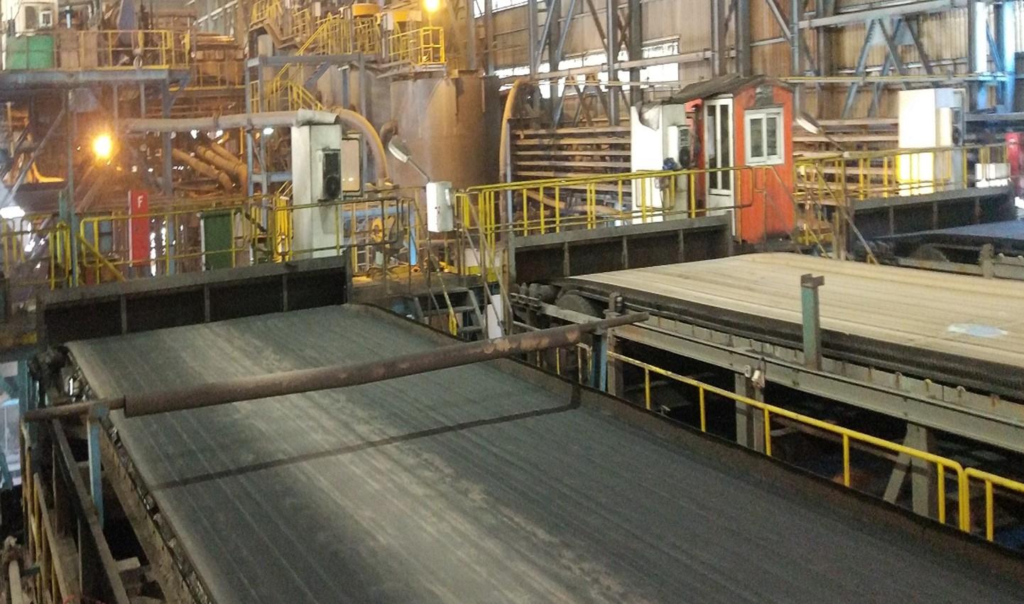 جلسه هفتگی استانداردسازی فرآیندها در کارخانه های گل گهر:بررسی فیلتر نواری خطوط ۶،۵ و۷ تولید کنسانتره